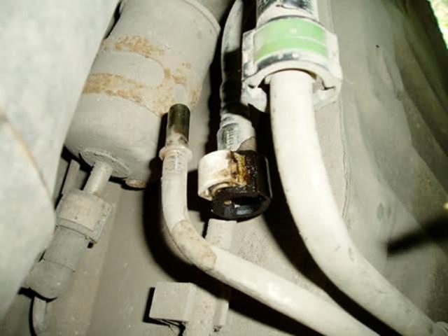 Старый топливный фильтр на FF1