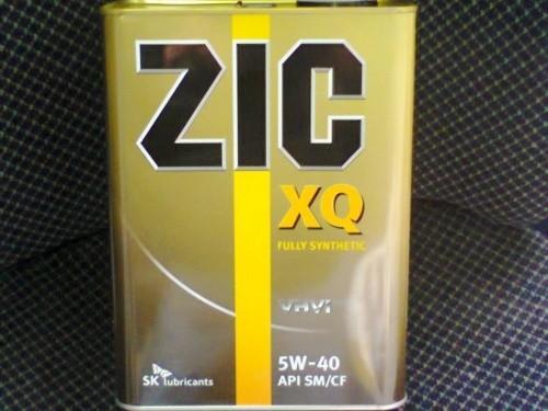 Всесезонная моторная жидкость «ZIC xq 5w-40» в четырехлитровой канистре