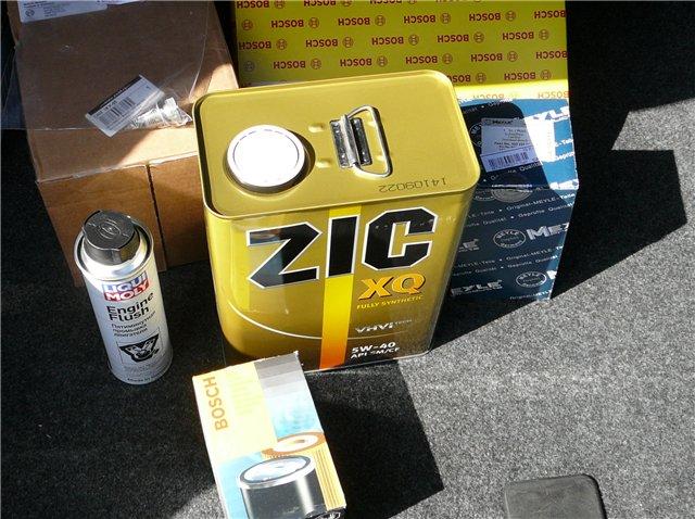 Всесезонная моторная жидкость «ZIC xq 5w-40», промывочное масло «Liqui Moly» и масляный фильтр