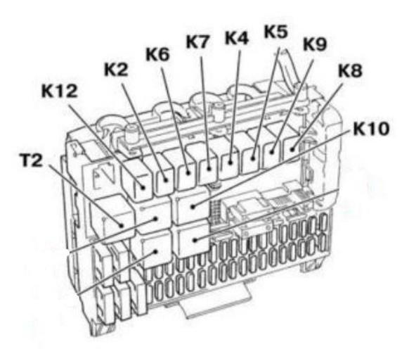 Схема БП, расположенного в моторном отсеке Опель Астра