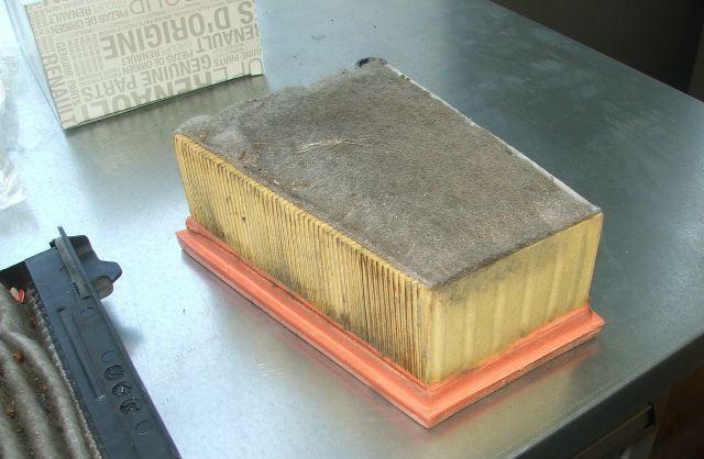 Старый воздушный фильтрующий элемент