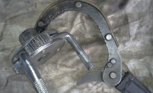 Ключ-съемник для фильтра