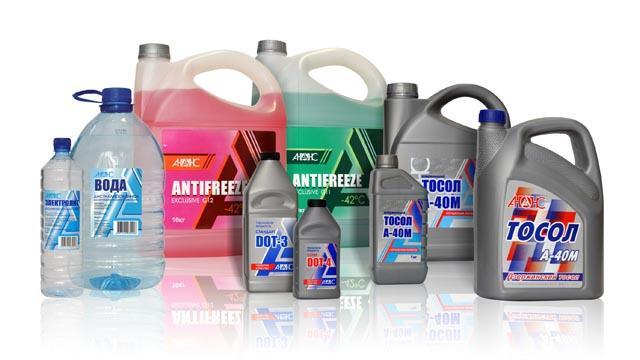 Антифризы и «Тосолы» разных производителей, дистиллированная вода