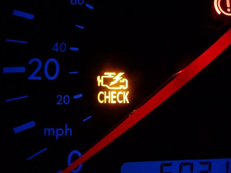 Светодиодная лампочка свидетельствует о возникновении ошибок в работе машины