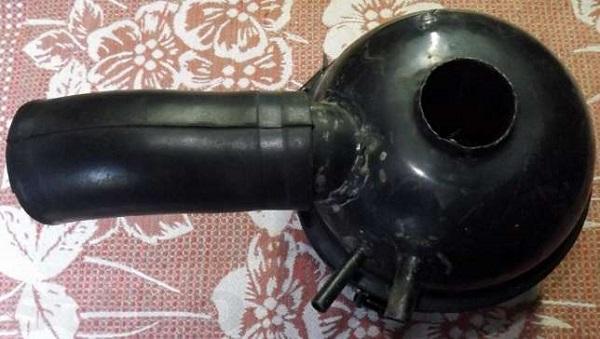 Инерционно-масляный фильтр для воздуха