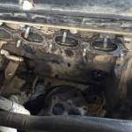 Сняв устройство теплообменника, ваш двигатель будет выглядеть примерно так. После демонтажа маслоохладитель нужно прочистить. Что касается прокладки, то необходимо покупать оригинальную запчасть.