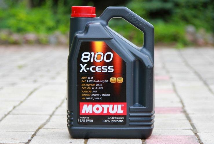 Моторная жидкость Motul 8100 X-cess