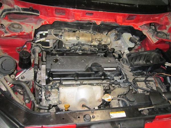Моторный отсек Hyundai Getz