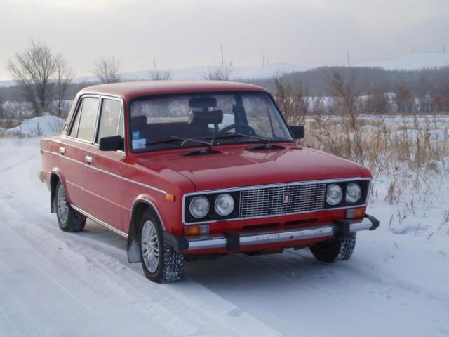 ВАЗ 2106 красный