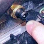 Отсоединение провода от датчика
