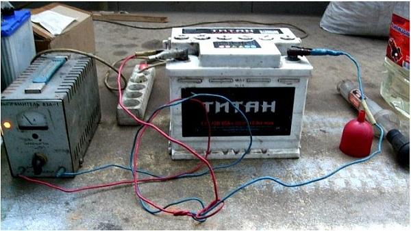 Инструкция по самостоятельной зарядке автомобильного аккумулятора