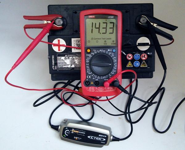 Мастерим простую зарядку для автомобильного аккумулятора своими руками