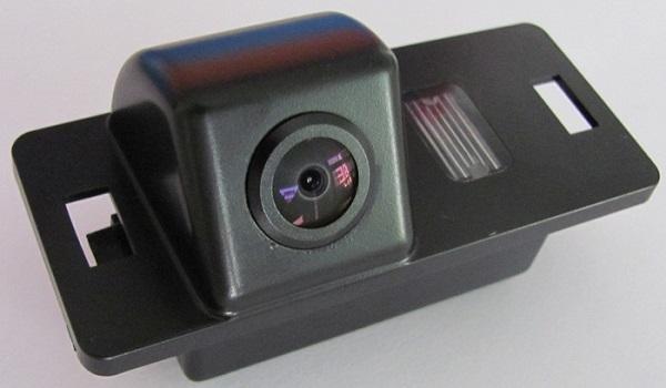 Видеокамера для штатной установки