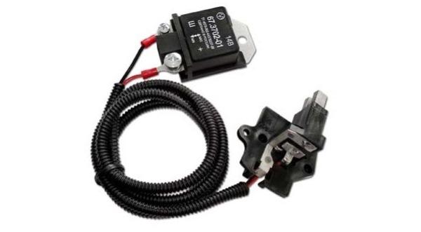 Реле регулятора напряжения генераторного устройства
