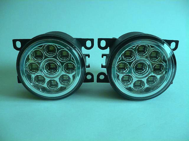 Противотуманная оптика для автомобиля Лада Веста