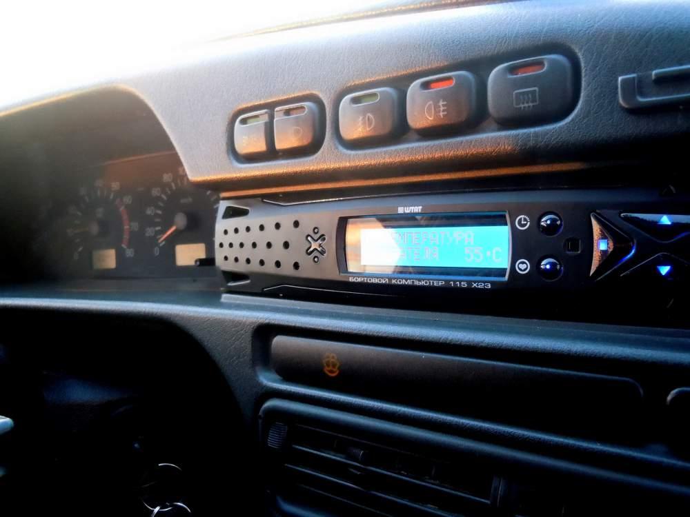 Бортовой компьютер в автомобиле ВАЗ 2114