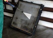 Самостоятельная чистка радиатора автокондиционера: насколько это возможно?
