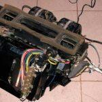 Перед непосредственным монтажом на авто соберите узел, чтобы проверить наличие всех элементов системы.