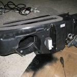 Установите вентилятор в приоровский отопитель, зафиксируйте его.