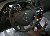 Особенности и ремонт приборной панели автомобиля Рено Дастер