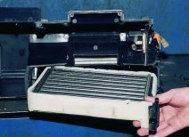 Пошаговое руководство по замене радиатора отопителя на ВАЗ десятой модели
