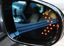 Самостоятельно устанавливаем поворотники в зеркала в гаражных условиях