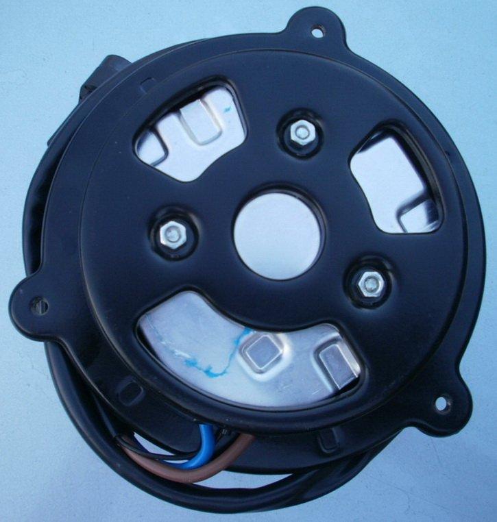 Электродвигатель включения вентилятора