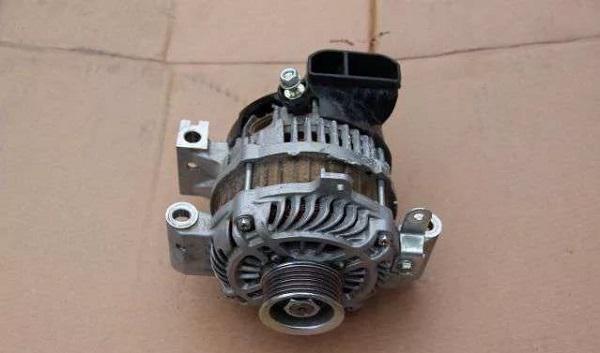 Генераторный агрегат на Мазда 6