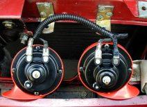 Как починить и подключить автомобильный звуковой сигнал самостоятельно?