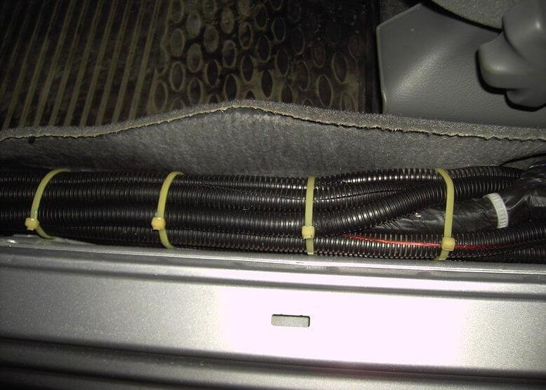 Как подключить активный сабвуфер к усилителю: инструкция