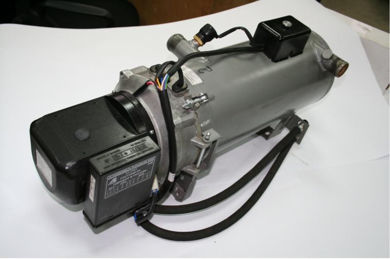 Особенности систем подогрева двигателя на 220В с помпой — обзор ТОПовых подогревателей