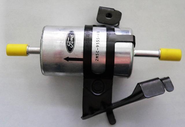 Новый топливный фильтр для Ford Focus 1