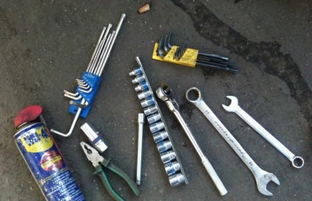 Инструменты для замены ВФ на Форд Фокус 2 рестайлинг