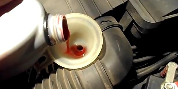 Доливаем масло
