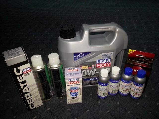 Моторное масло Liqui Moly в четырехлитровой упаковке вместе с масляным фильтром, промывочной жидкостью и другими присадками