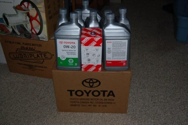 Моторная смазка Toyota Motor