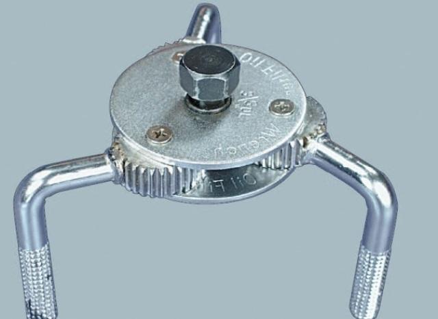 Ключ, с помощью которого снимается масляной фильтр