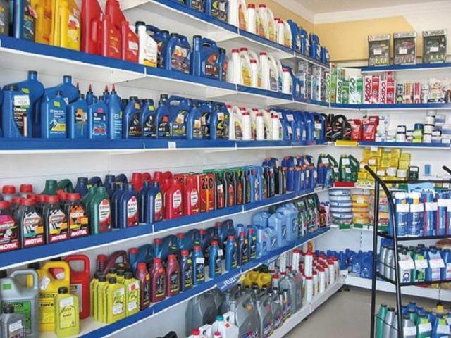 Качественное моторное масло служит без замены дольше