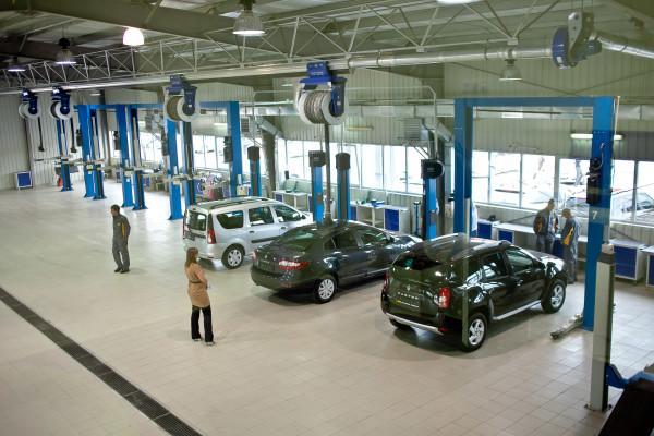 Проверка автомобилей на станции технического обслуживания