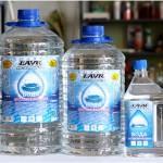 Дистиллированная вода в канистрах по 5л, 3.35 л и 1.5 л