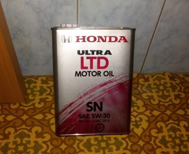 Оригинальное моторное масло Honda