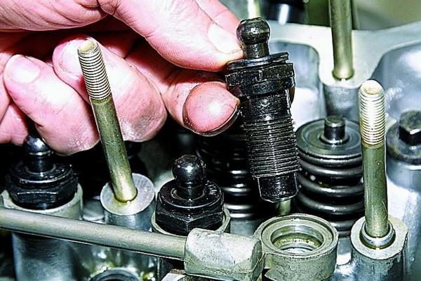 Исправление неполадок в двигателе