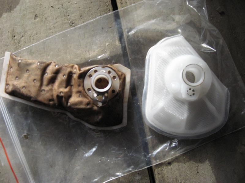 Старый и новый топливный фильтр для Chevrolet Cruze