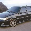 Черный автомобиль ВАЗ 2114