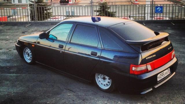 Автомобиль ВАЗ 2112