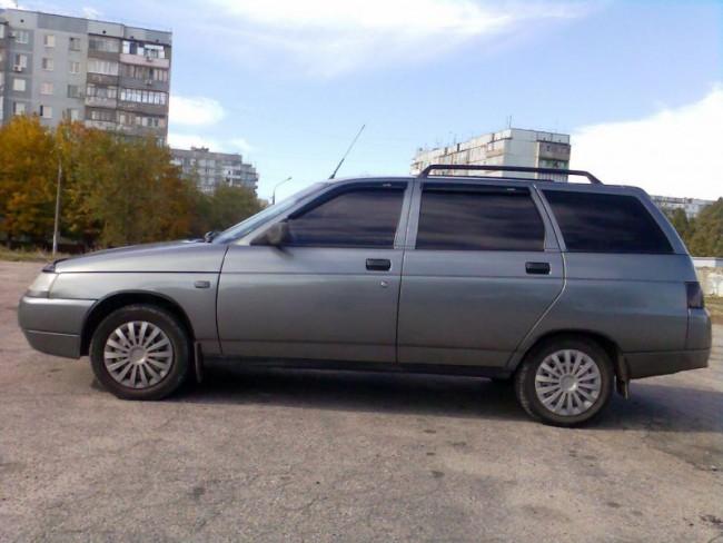 Автомобиль ВАЗ 21114
