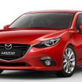 Красный автомобиль Мазда3