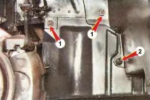 Расположение передних пистонов