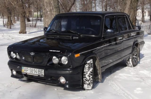 Тюнингованный автомобиль ВАЗ 2106