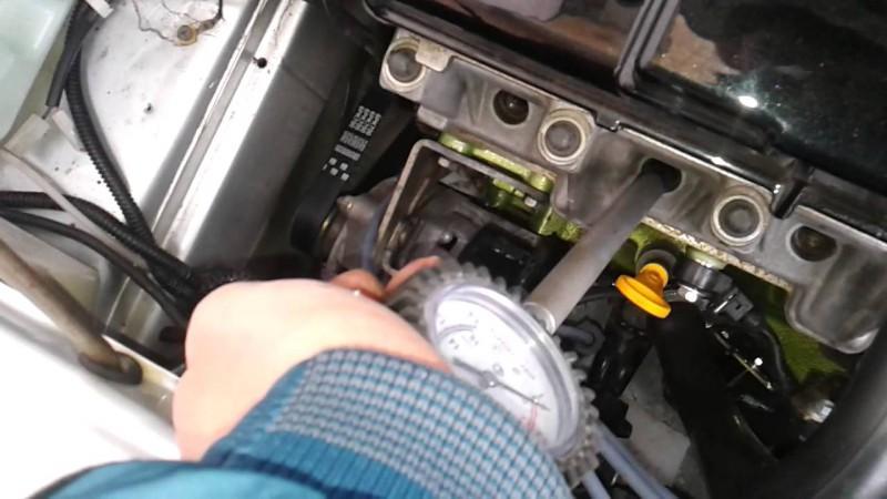 Так замеряется компрессия мотора
